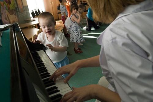 Урок музыки у малышей