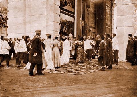 Встреча Их Императорских Величеств митрополитом Антонием в Сарове 17 июля 1903 г.