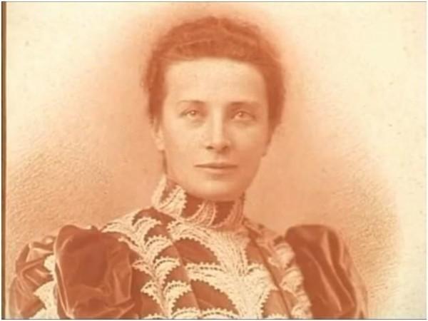 Нина Васильевна Евреинова