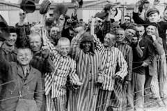 Пасха в Дахау, 1945 г.