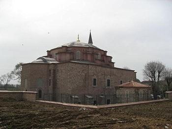 Церковь святых Сергия и Вакха - одна из самых древних сохранившихся церквей Стамбула, послужившая прообразом для...