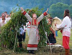 Купальские обряды современных язычников Фото: Pravoslavie.ru