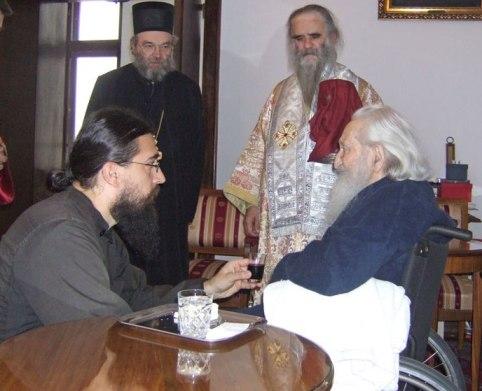 Посещение и причащение Патриарха Павла. Фото предоствлено переводчиком Светланой Луганской ihtiss.livejournal.com