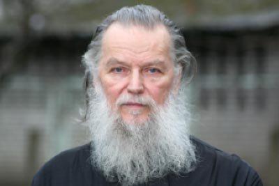 Историческая справка: Убийства и нападения на священников в России в 1990-2010 гг.  01144104000300