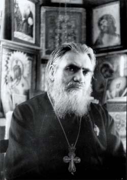 Отец Петр Сухоносов