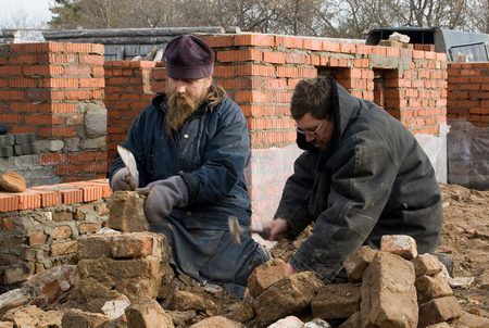 Епископ Евтихий на строительстве храма