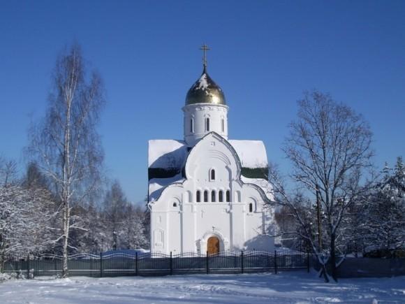 Храм Владимирской Оранской иконы Божией Матери и защитников Отечества