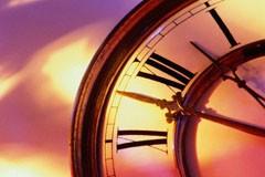 Куда указывают стрелы времени