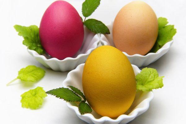 Пасхальные яйца. Крашенки и писанки – к праздничной трапезе