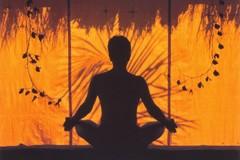 Штурм неба или релаксация? Почему у современных горожан так популярна йога?