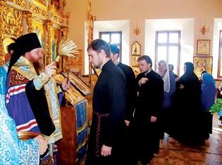Молебен на начало учебного года в Якутском Духовном училище. Фото: Журнал Московской Патриархии