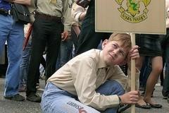 Добровольно-принудительное шествие?