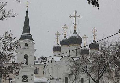 Храм равноапостольного князя Владимира, построен в XVI веке знаменитым зодчим Алевизом, однако в XVII веке был полностью перестроен