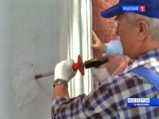 В Кремле проходит реставрация замурованных на Спасской башне икон