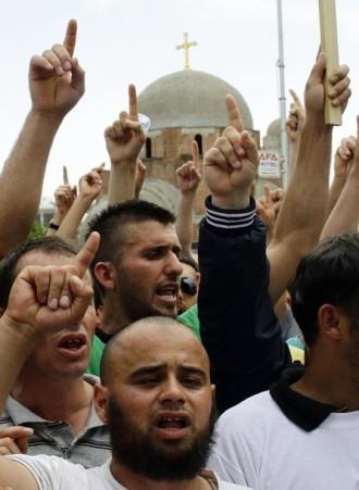 Митинг в Приштине. Фото Reuters