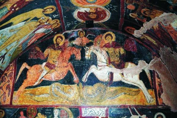 «Святые воины Федор Стратилат и Георгий Победоносец. Фреска храма Святого Иоанна в Гюльшехире» (фото Г.Юдина)