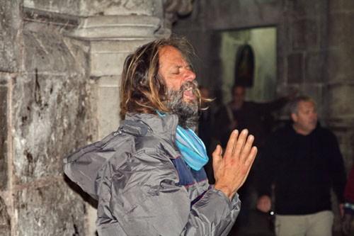 Человек в состоянии религиозной экзальтации – обычное явление в Иерусалиме. Гиды советуют свои группам обходить их стороной