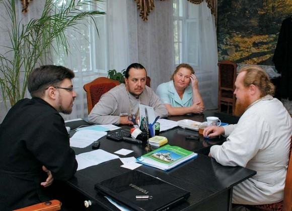 Совещание в Выксунском духовном училище по вопросу помощи погорельцам.