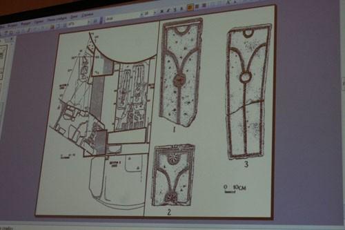 Надгробия 14 века, обнаруженные археологами, свидетельствуют о более ранней датировке поселения на месте монастыря, чем ранее было принято