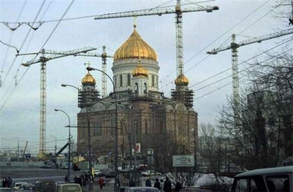1995 г. воссоздание храма Христа Спасителя