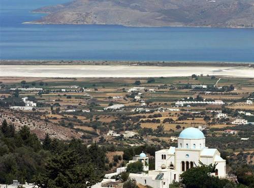 В Эгейском море находится остров Кос. Этот остров подарил миру отца медицины Гиппократа