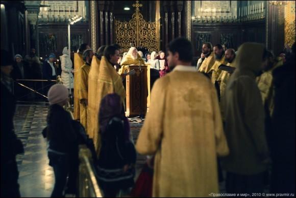 К мощам св. великомученицы Екатерины