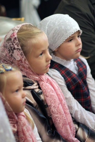 http://www.pravmir.ru/wp-content/uploads/2010/12/deti1-400x600.jpg