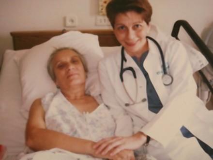 Доктор Лиза с одной из своих пациенток