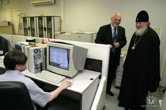Митрополит Кирилл во время посещения редакции газеты Вечерняя Москва. 2006 г.