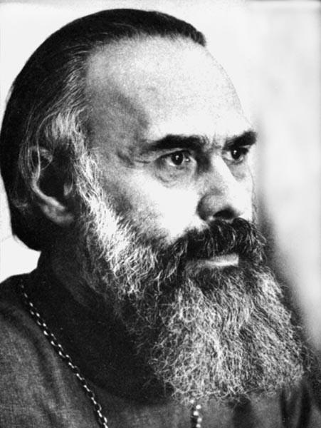 http://www.pravmir.ru/wp-content/uploads/2010/12/mitr_Surozkij_Antonij_1970godi1.jpg