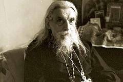 Архимандрит Серафим (Тяпочкин): «…Я священник, служить намерен»
