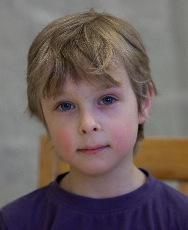 коричневатыми взгляд аутиста фото устраивайтесь поудобней