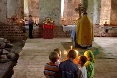 Брак священника, или Битва за служение