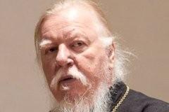 [+Видео] Протоиерей Димитрий Смирнов: «Молодежь, включайте голову!»