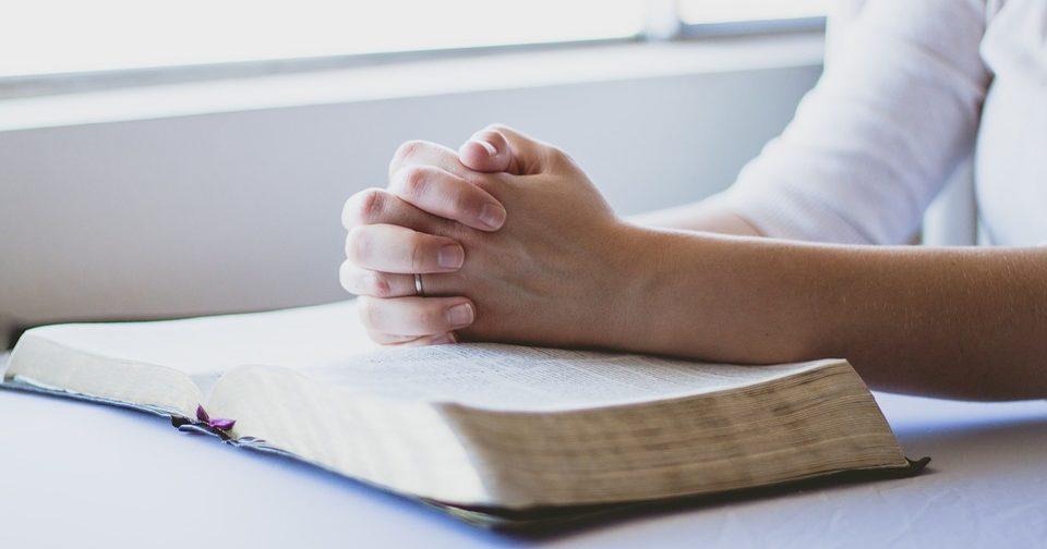 Мешает ли молитвенное правило молитве?