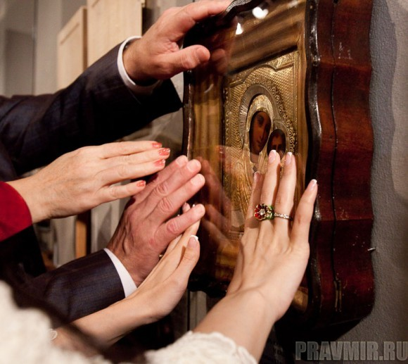 Иконы для слепых. Фото Юлии Маковейчук pravmir.ru (29)