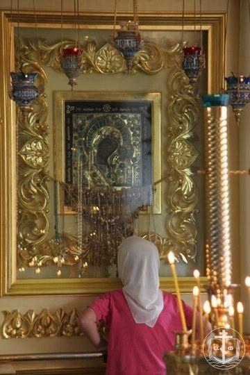 как войти в храм