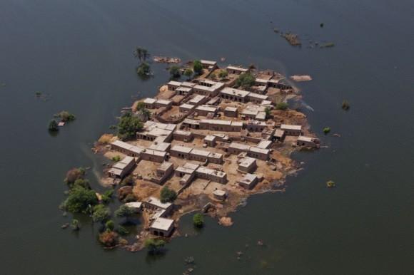 Наводнение в Пакистане (13)