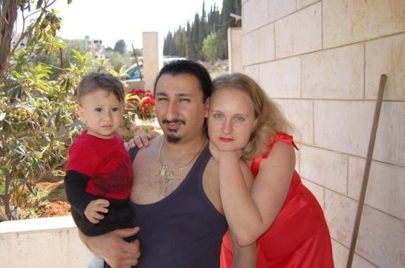 С супругой и сыном Федей