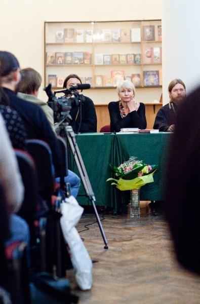Вечер Олеси Николаевой. Фото Анны Гальпериной (41)
