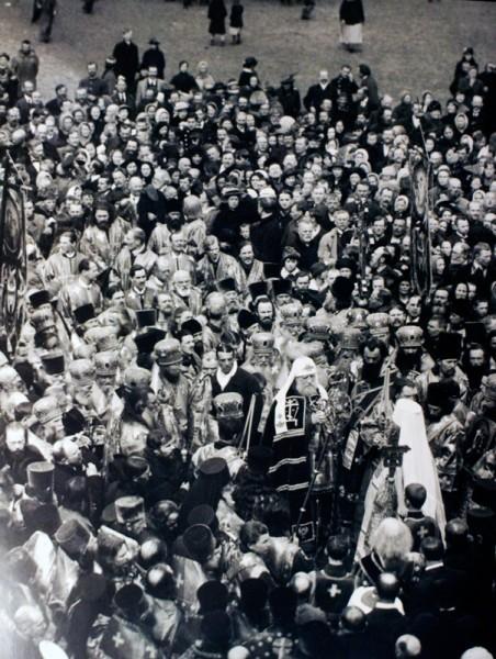 Встреча Патриарха у Исакиевского Собора