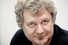 Александр Коротич: Чтобы отодвинуть старость, нужно своевременно впасть в детство