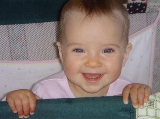 Фотография маленькой Фредерики, подаренная ее отцом Чарли ватопедским отцам