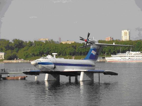 Экраноплан А-90 «Орленок» в Тушино, Москва