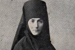 Игумения Екатерина (Ефимовская): «Быть всем слугой»