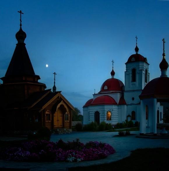 Заволжский монастырь Св. Ильи Пророка. Фото: Михаил Тимофеев