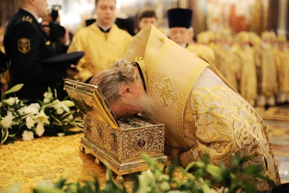Пояс Пресвятой Богородицы в Москве. Фото Патриархия.ру (13)