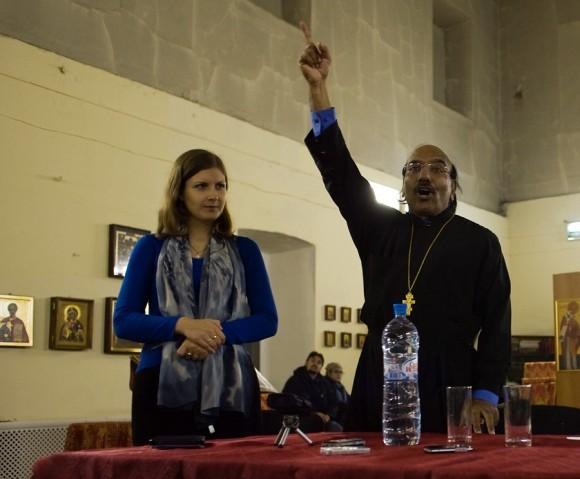 священник Иоанн Танвеер в Москве. Фото Анатолия Данилова (17)