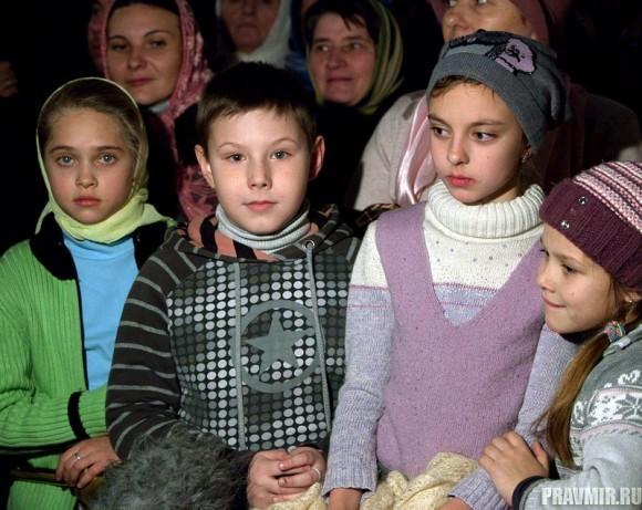 Пояс Пресвятой Богородицы в Москве. Фото Юлии Маковейчук (7)