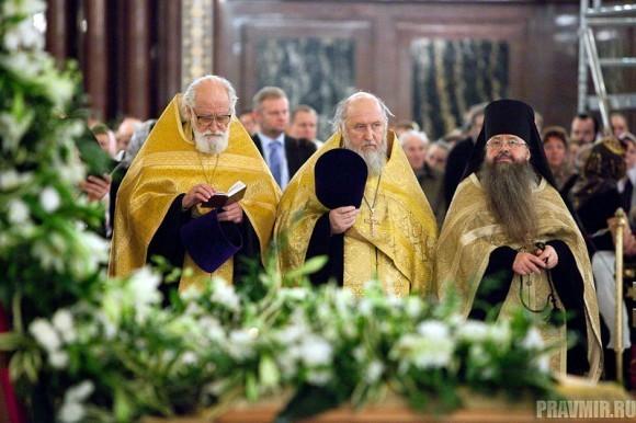 Пояс Пресвятой Богородицы в Москве. Фото Юлии Маковейчук (29)